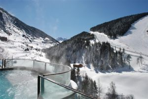 Hermitage-and-spa-nieve-en-andorra Medium